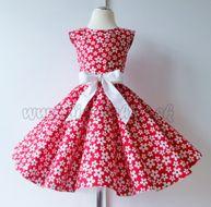 Skladom Detské RETRO šaty Kvietky červená 98-110