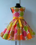 Skladom Detské RETRO šaty Kruhy farebná 134-146
