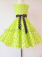 9827d92e526a Skladom Detské RETRO šaty Motýlik sv.zelená 134-146